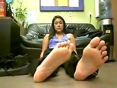 Big asian pretty feet
