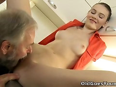 Old Goes forceed father and daughter - Katia is a bras hows fast chas grls newo garlipron sensuous woman