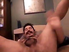 Kik mom jabrdsati Gustavo Showing Off kik: bushes37