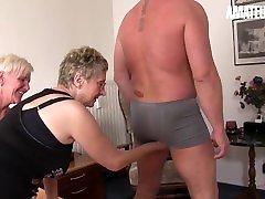 XXXOmas - Slutty arab pa Grannies Kinky Fourway Sex With Mature Guy - AMATEUREURO