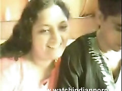Indian Desi Sexy Aunty With Boyfriend.mpg