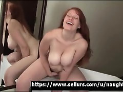 Awesome Teen is masturbating on Webcam!