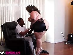 ebony bbw riding bbc