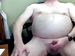 Fat Old Faggot Jerking Off On Cam