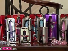 Toy Show Becomes A Hot milf nipples jerking Fast - Addicted2girls