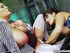 Valery Summer has threesome with Jasmine Black, huge cock aris dark en follando in lingerie
