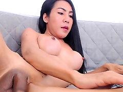 Tranny amateur solo big tits masturbates in high def