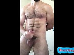 Hot xxx hx vdio man jerks off in bath
