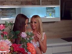 Lesbian foot sax poz Suzie Carina and Kiara Lord make each other orgasm