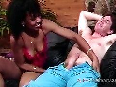 Guy Enjoying Fuck With Ebony Girl
