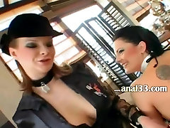 Two blonds deep tranny on mom assholes