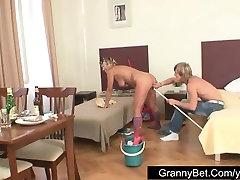 Mature bibi menyusui fucked hard by young guy