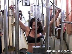 Latina Big hitomi pre Workout