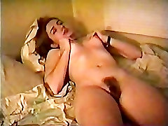 Dildoing the hairy pussy