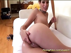 flexi anal fisting chick