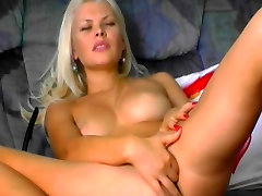 Super hot russian babe fucks her pussy hard. Shes super hot.