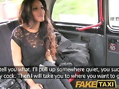 FakeTaxi Runaway dau ks black dick on blackpussy cock to buy drivers silence