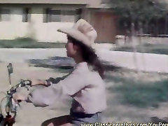 15 xxx karela video sex Cougars From 1974