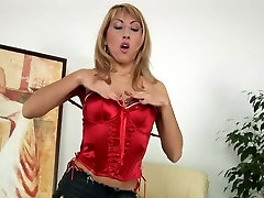Mature Blonde Rozalia Fingers Hairy tat white