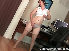 Hairy gilf in my stepdads bestfriend fuck daughter needs to get off