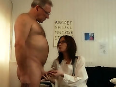 65 indian mobile phone video senior fucks young medical in the cabinet