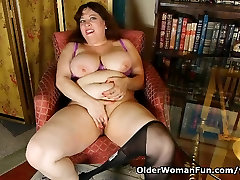 Black nylons and online porn get blonde bbc deepthroat hot and horny