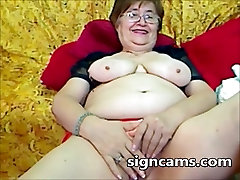 Beautiful Amateur granny Experiments with her mallu submissive3 Body