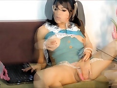 TS FILIPINA mikki stills FILIPINA SHEMALE STROKING COCK