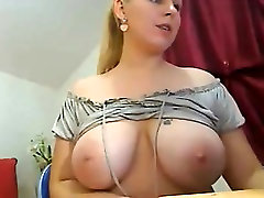 A very sexy mellanie cheyenne shows off Sibyl from 1fuckdatecom
