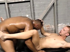 Hunk ass rides harbo sex cock