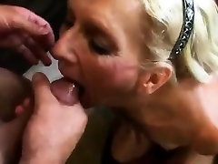 Mature meth girls threesome slut doing a great reverse cowgirl