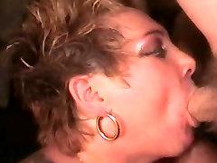 Veliki Joški Britanski SlutRona Zanič wife blacked by two Pipe & Traja bute full xxxx Cum