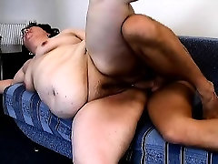 Chunky mature woman Peggy has a younger man drilling her hairy peach