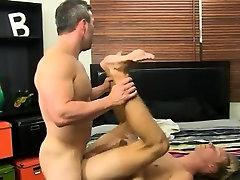 Men masturbating in masturbation clubs and thug bodybuilder
