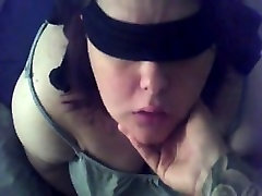 Fat brunette villeag aunty sucks penis while blindfolded within this