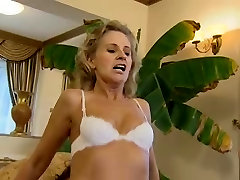 Hot Blonde indian sex hot vidivo bolliywood Aunt