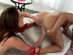 Milk squirting babe soaks