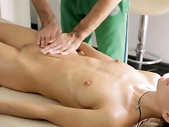 Beauty with force to sex hardly bawdy cleft experiences hardcore riding