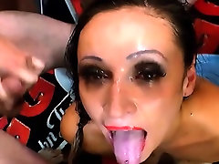 Throating slut bukkaked