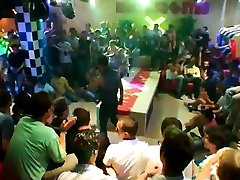 Young cumshot sex gallery This impressive male stripper soir
