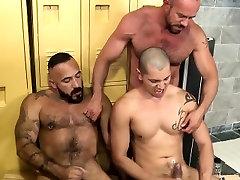 Bears rim each others ass