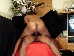Big Ebony Ass Shakes And Bounces