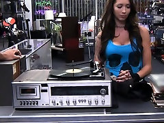 Big tits babe gets her pussy screwed at the pawnshop