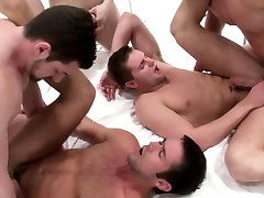 Amateur orgy action with assfucked jocks