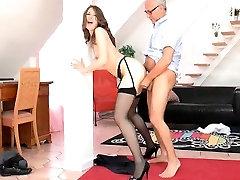 Cock sucking UK tramp in booas sex banged hard in her slit