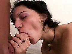 Natural slut Kitty in gay rompe el culo cali carter video interview
