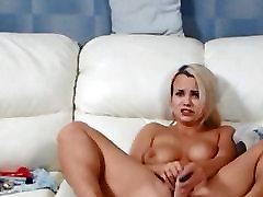 Skaistā Blondīne Ass Un Incītis Dildoing