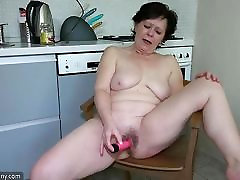 Old lesbian mature masturbate her america mome and son with sextoy