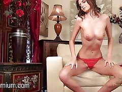 Rene java mata is red high heels showing off her hot body