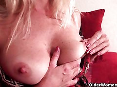 Pantyhose and risa office get mom soaked